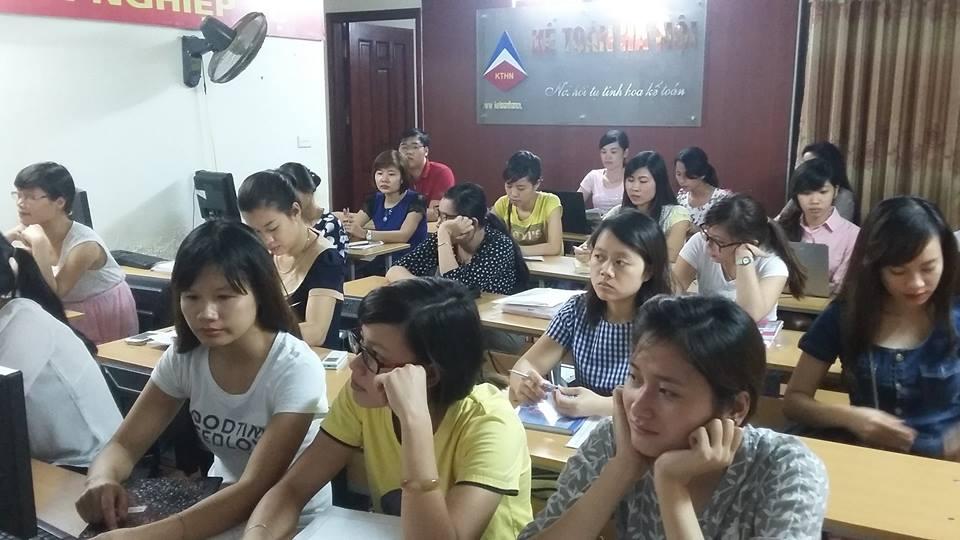 Lớp học kế toán tổng hợp tại Mỹ Đình Từ Liêm