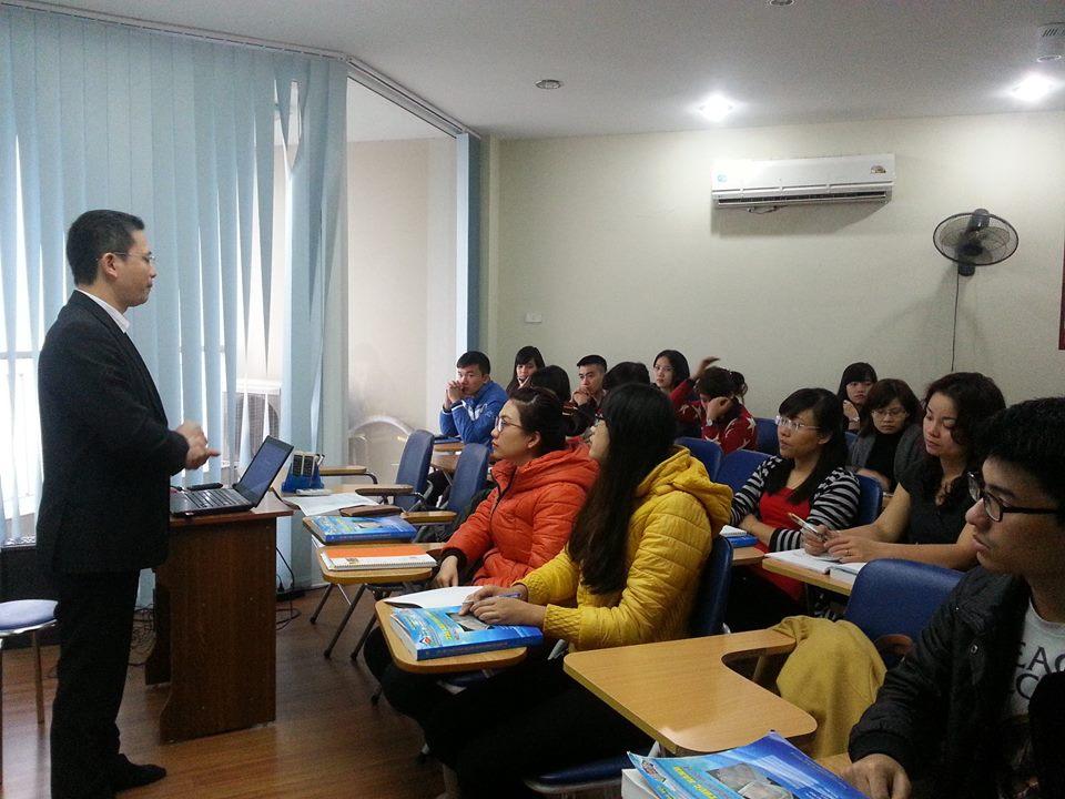 Lớp học kế toán thực hành ở Long Biên Hà Nội