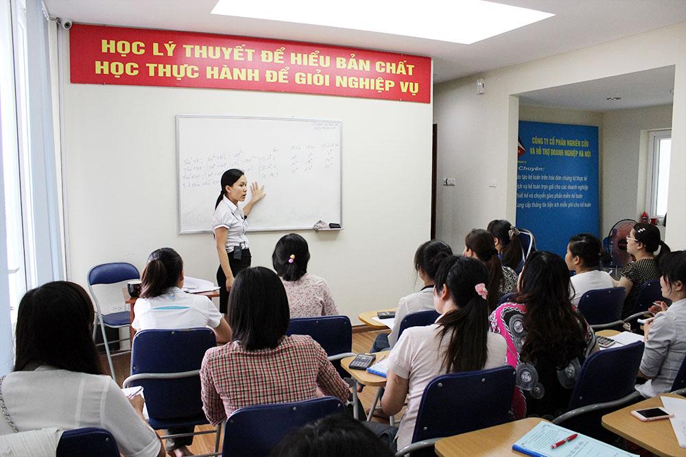 Lớp học kế toán thực hành tổng hợp tại Thái Nguyên